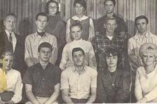 Robert-thru-the-Years_2_high_school_thesbians
