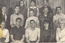 Robert-thru-the-Years_2_high_school_thesbians